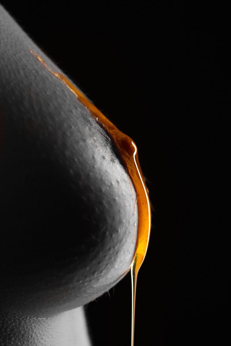 Thomas Wensing | Portfolio | Sensual & Nude | Brust Honig